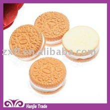 Cute 17mm sweet biscuit flatback resin rhinestones expoxy cabochon for mobile phone casing