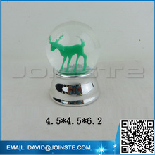 Christmas angel snow water globe