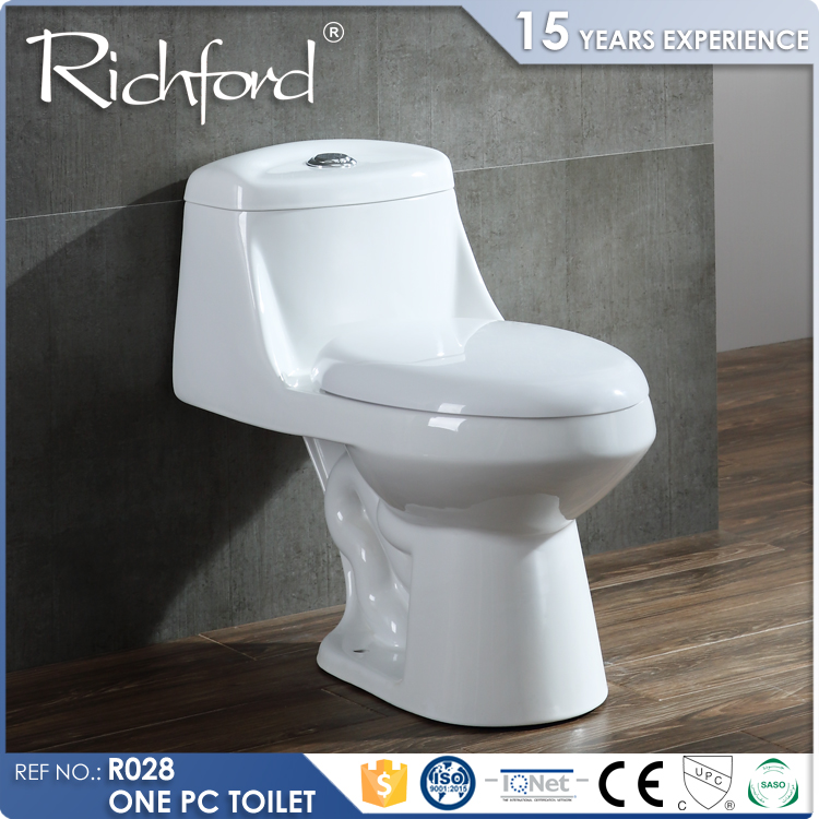 2017 Hottest Ceramic WC one Piece toilet design