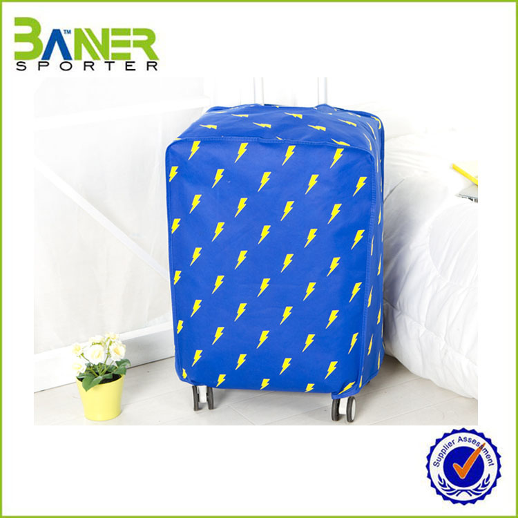 2016 factory sale waterproof luggage cover with printing