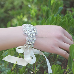Bridal Wrist corsage,elegant rhinestone crystal wrist band,wedding hand accessories