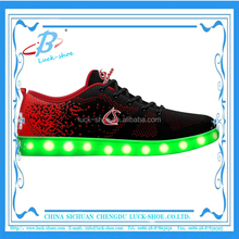 New unisex flyknit LED skating shoes