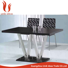 Factory price stainless steel frame wedding dining restaurant table