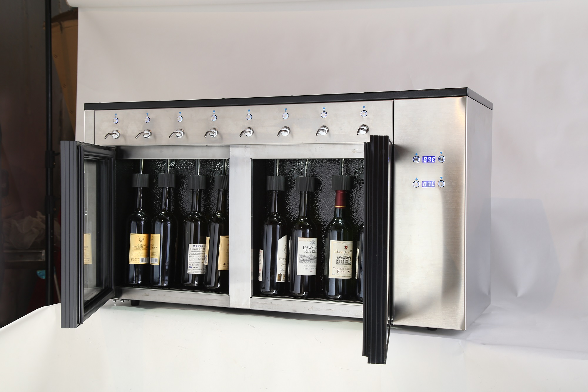 LVNI large volume and dual-zone temperature wine dispenser for longer extension