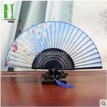 Chinese craft folding bamboo promotion gift fan with your favourite pictures