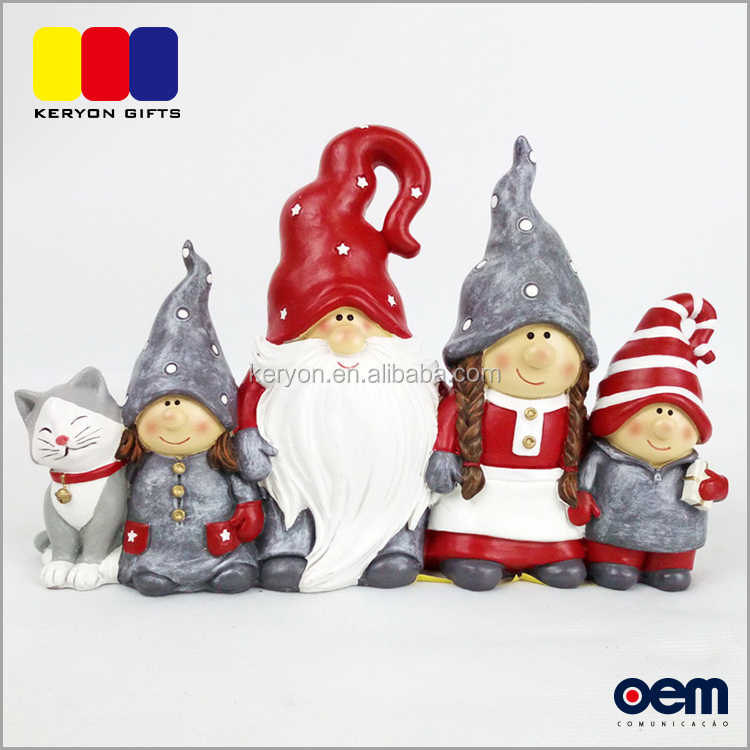 Customized Family And Cat Resin Figurine Indoor Christmas Decoration