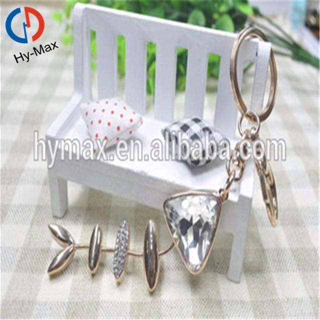 The Newest Style Fish Bone Shape Crystal Material Keychains/Custom Car Logo Metal Key Chain