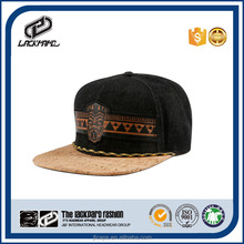 Fashion wood decoration snapback cap with woven label