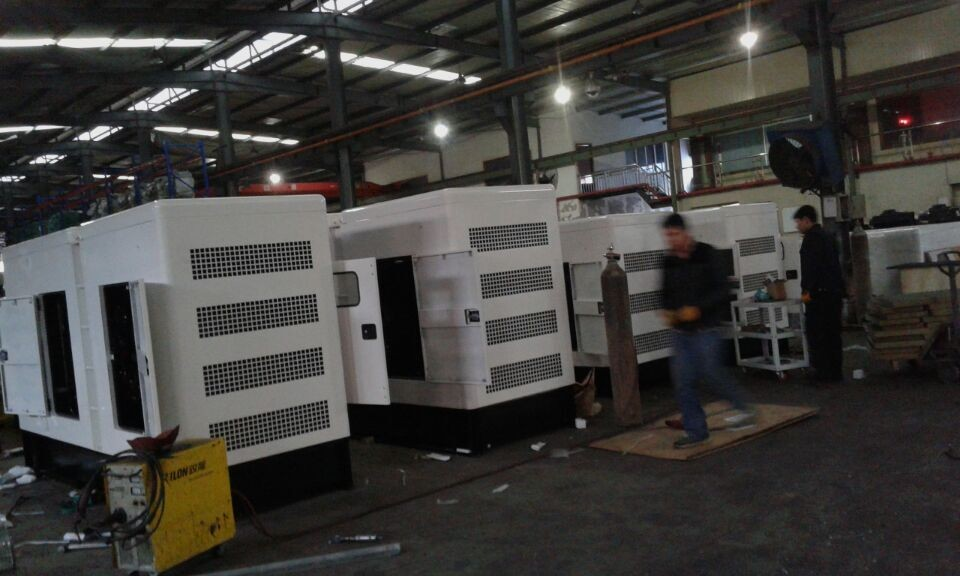 CHINA MADE FAMOUS 12-200KW RICARDO Engine Diesel Generator Set with Stamford Style alternator silent type Genset