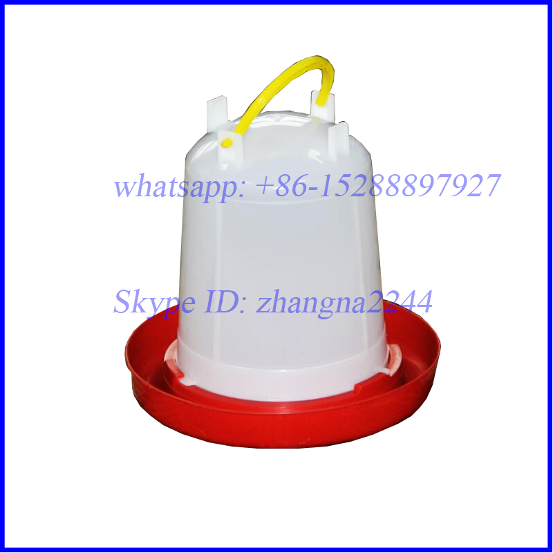 Automatic Plastic Poultry Feeders and Drinkers/ Chicken Feeders and Waterers