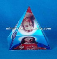 Jesus Photo optic crystal pyramid MH-F0195