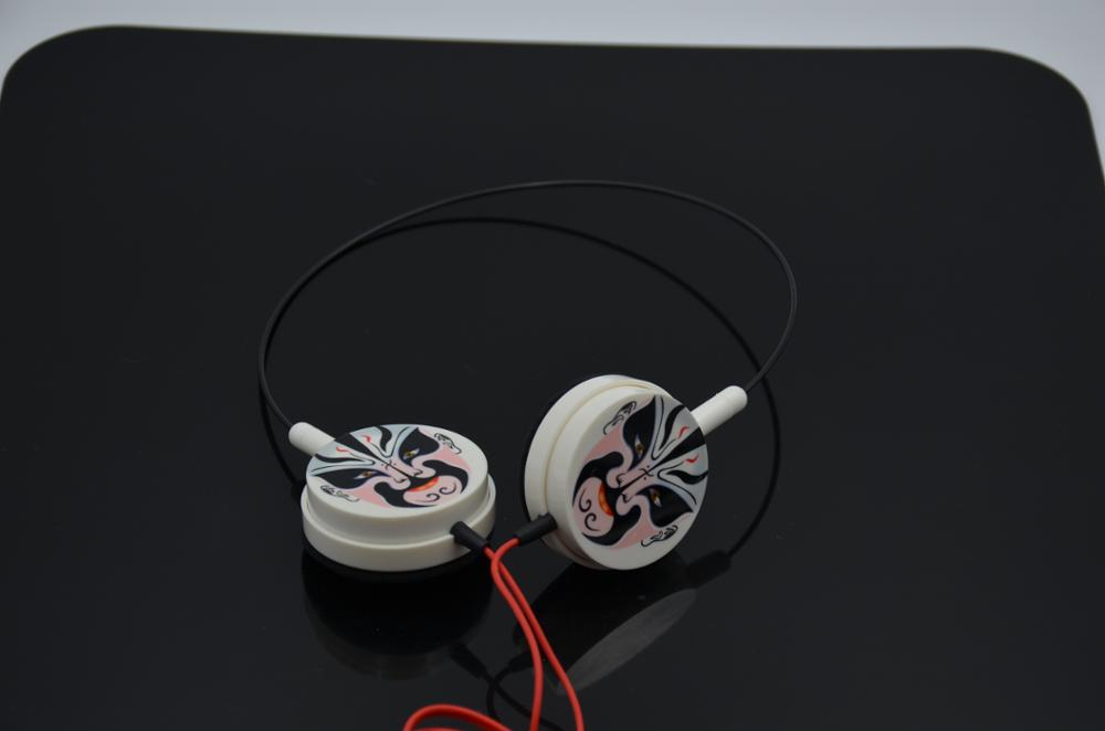Cheap customized ultralight headphone OEM headphone wired headset for promotion