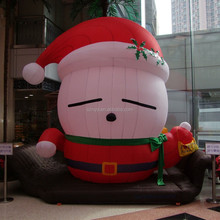Giant sleeping santa claus for shopping mall Christmas decoration