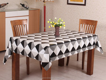 Hot Popular Cheap Customizable Printing Plastic Modern Tablecloths