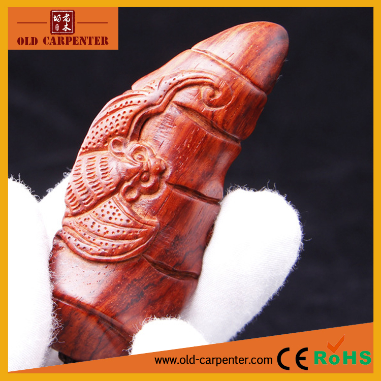Promotional mini wood craft Each Notch with Blessing Bat carving ornaments