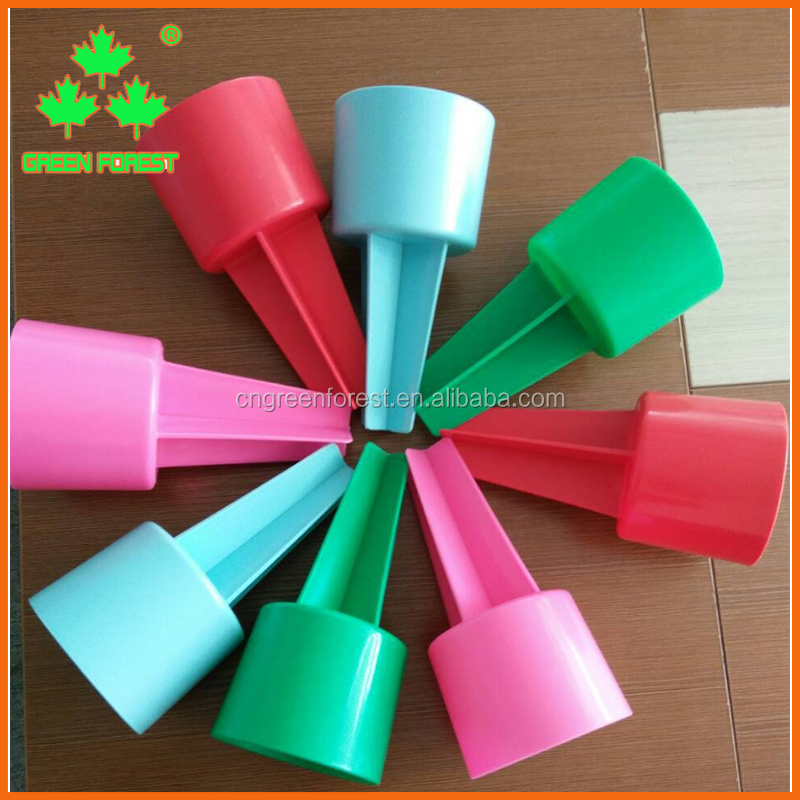 fashion colorful plastic beach spiker cup holder