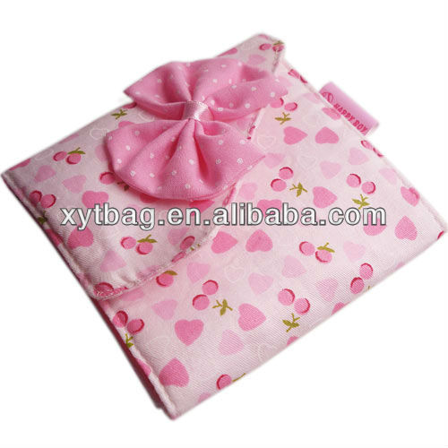 Disposable sanitary napkin bag for girls
