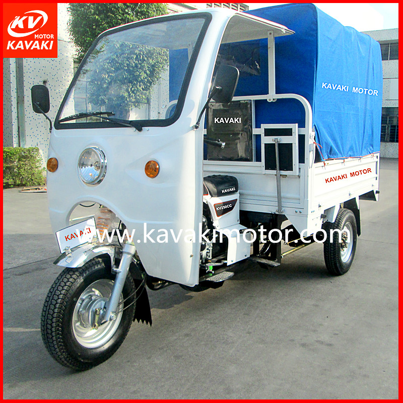 Passengers professional motor 250cc scooter 250cc three wheel scooter picture with cabin