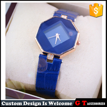 Zhejiang yiwu cheap watch geometry quartz women wrist watch with different color