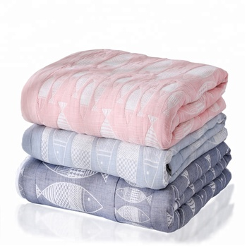 2018 new wholesale cheap soft cotton jacquard fish home bed blanket
