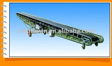 Mobile inclined belt conveyor machine for ferrolite