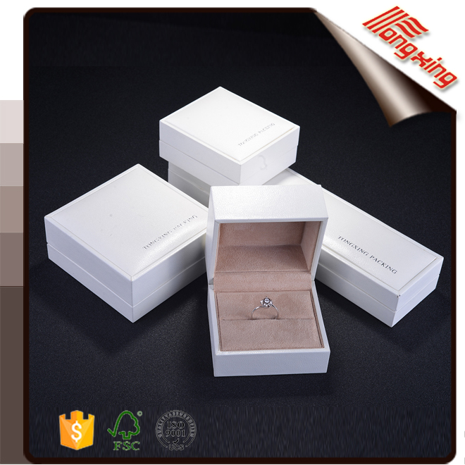 High quality jewelery gift packing plastic box