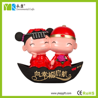 2016 3D shape carved resin cute intresting wedding couple decoration,valentine's day gifts