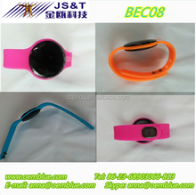 OEM/ODM BLE Beacon silicone wristband compatible with iBeacon IP44