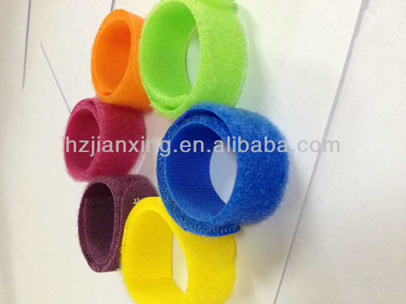 Nice quality colorfull velcro animal neck strap