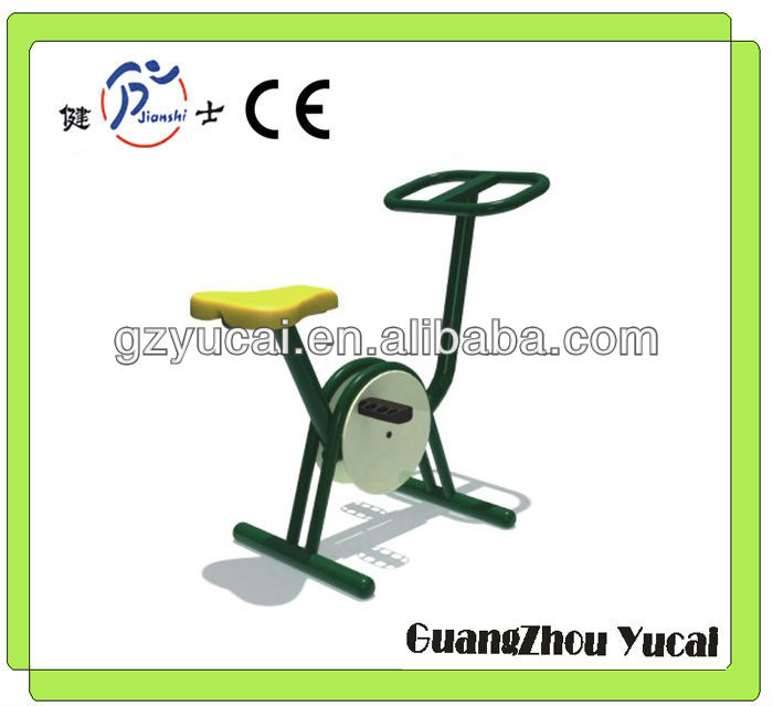 Outdoor hydraulic fitness equipment