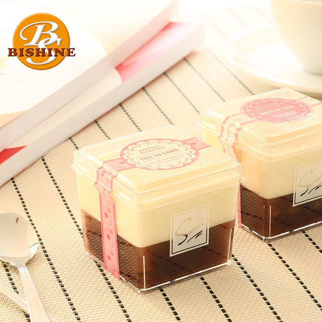 Dessert Decorator Disposable Square Shape Plastic Party Yogurt Jelly Cupcake Mousse Cake Cup With Lid