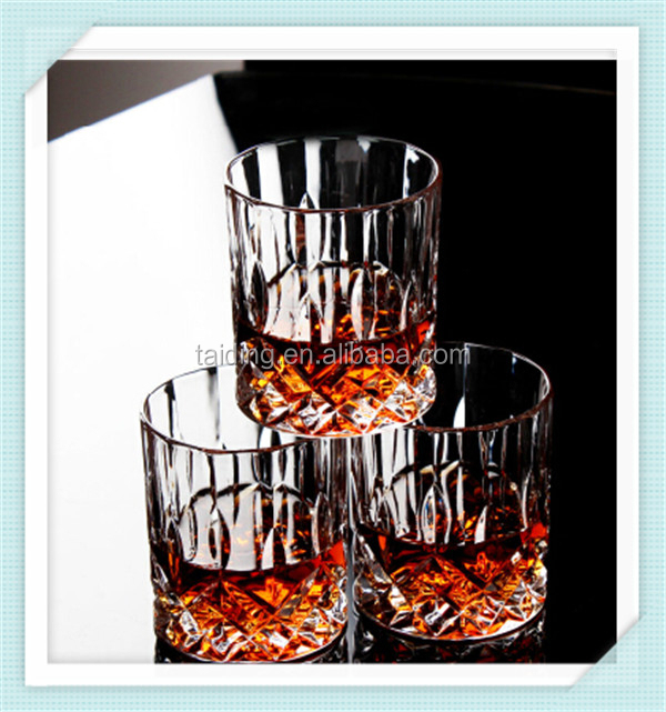 wholesale clear 10 oz whiskey glass machine press diamond cocktail whisky glass for drining whiskey
