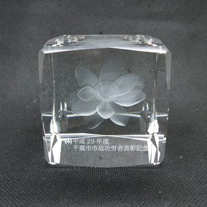 3d laser lotus glass crystal for souvenir
