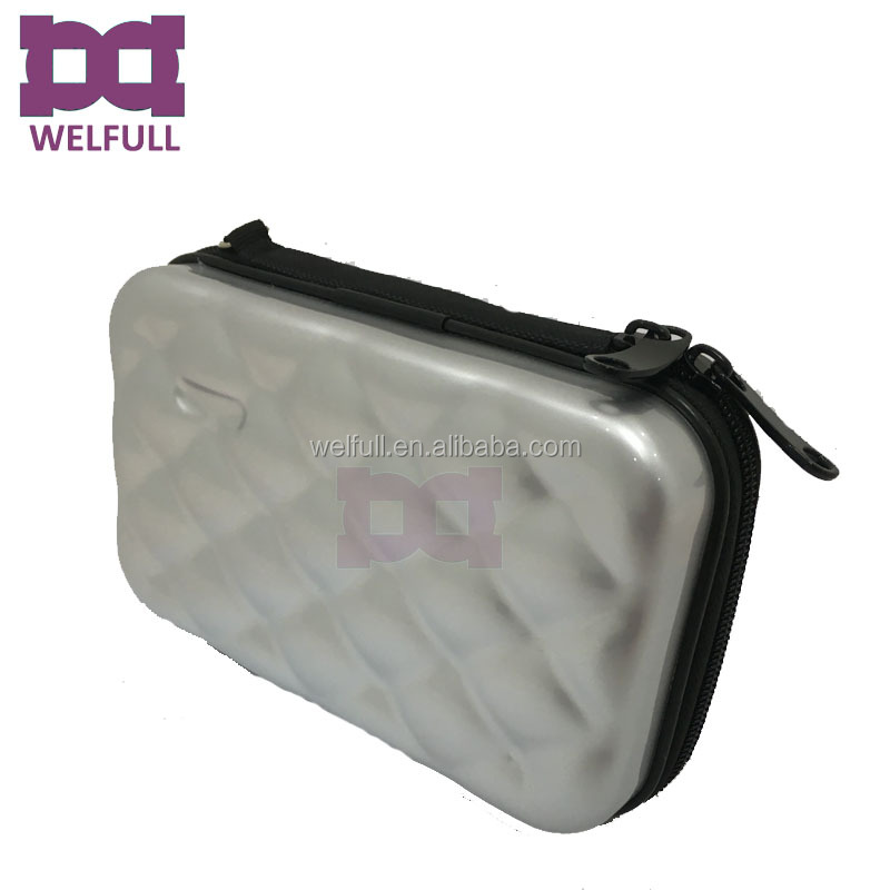 makeup case bag 7.jpg