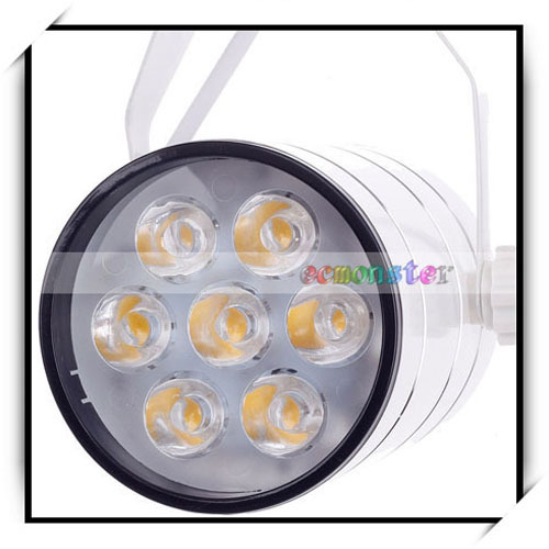 ZY-0816-003 560LM 3000K 7-LSI Chips China Warm White Light LED Spotlight 7W