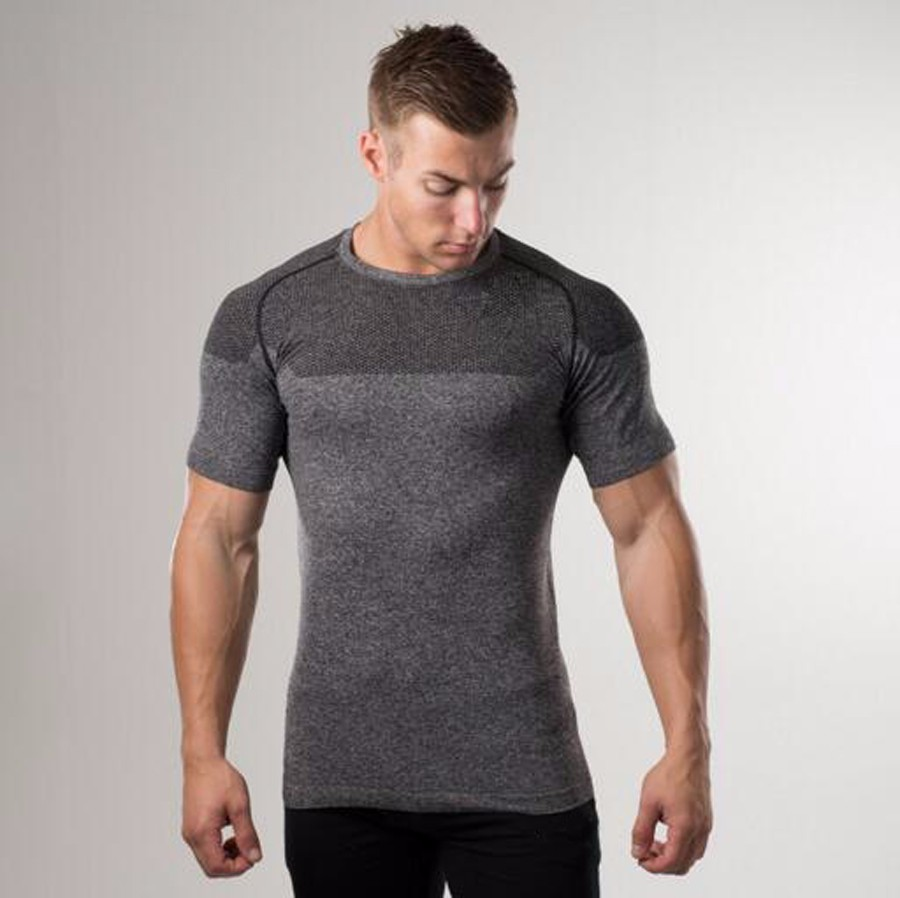 2017 Custom Hot sale Dry Fit running Wear for Men sports seamless t shirts