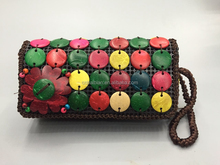 2017 Natural handmade new style fashion coconut husk bag
