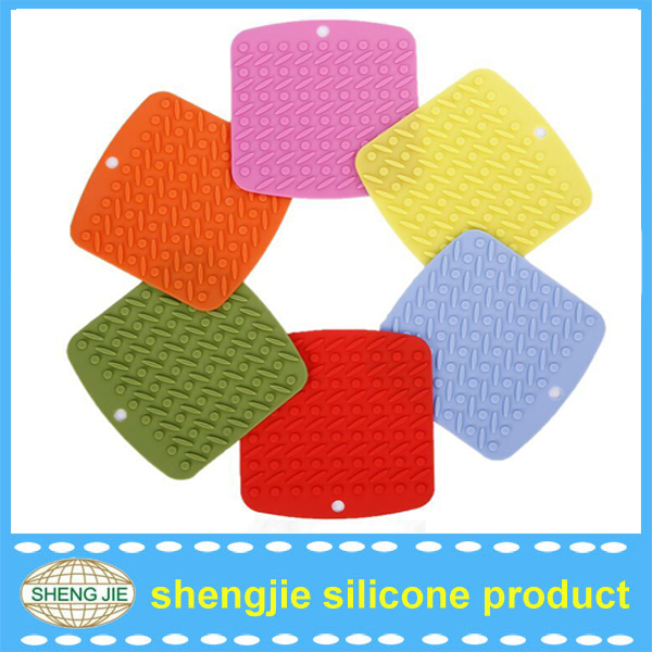 Silicone Rubber Hot Pads / Pot Holder/ Trivet Mat -- Durable, Heat Resistant Kitchen Utensils