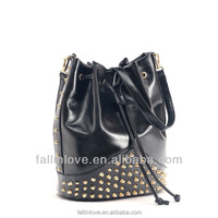 New arrived fashion women punk style shoulder bags rivets design PU handbag,pu messenger bag