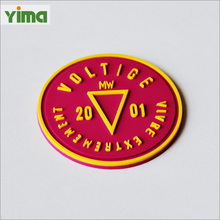 China custom LOGO 3D PVC rubber patch silicone heat transfer printing labels