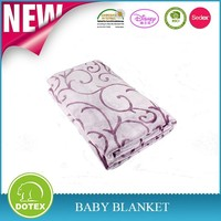 Overlock stitch printed and dyed 320GSM Warm and breath Microfiber fleece Flannel blanket
