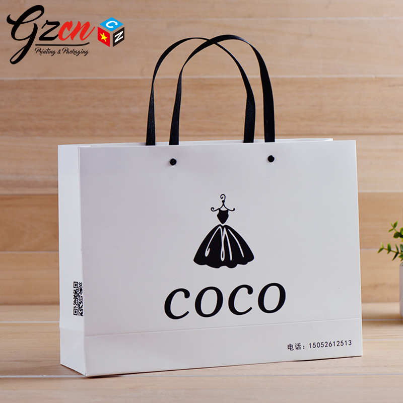 Luxury high quality print logo with nail plastic handle white make up shopping cosmetic paper bags