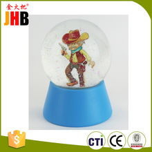 New brand 2017 plastic snow globe cheap of China