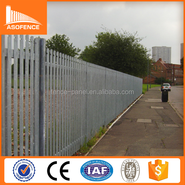 Plastic/PVC coated metal picket palisade fence