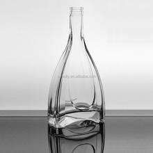 High Quality Triangle and Round Shape French XO 500ml 700ml Glass Bottle with Cork