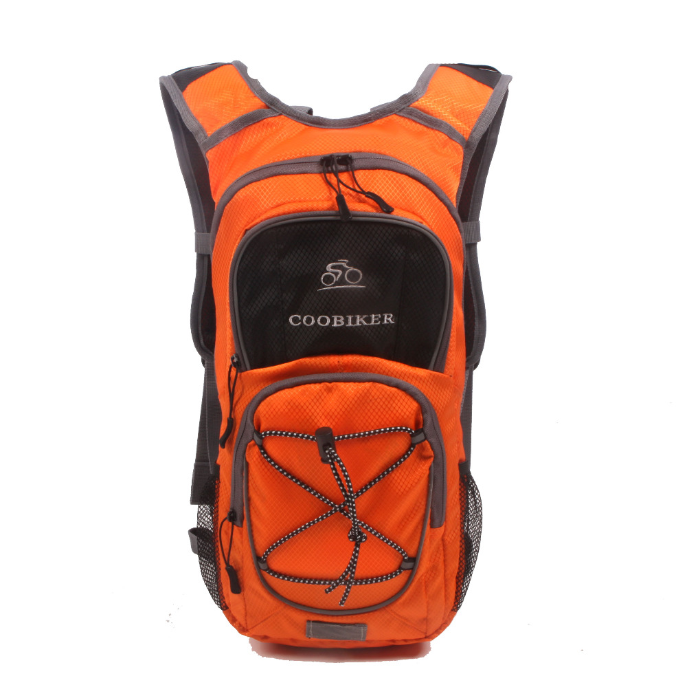 new products 2017 hydration pack with 1.5 l backpack water bladder
