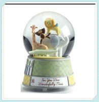 Sculptured Resin Water Ball Music Box Animals Snow Globe
