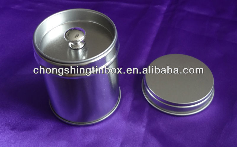 Tea tin canister with inner lid