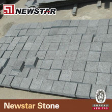 Newstar China cheap outdoor natural splite basalt granite pebble stones pavers for walkways driveway