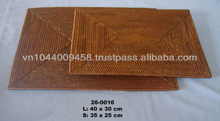 Rectangular rattan table placemat